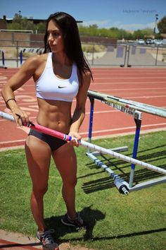 10 after becoming a viral sensation, where is Allison Stokke? | Worldation