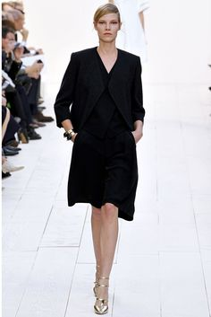 Chloé Spring 2013 Ready-to-Wear Fashion Show - Rosie Tapner