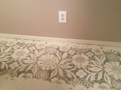 DIY Stenciled concrete floors.. I absolutely love this stenciled floor.. Wish her info was in English!