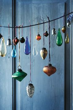 display your vintage ornaments