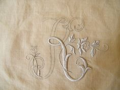 Amazing embroidery blog from France, check it out if only for its pictures of beautiful handwork.