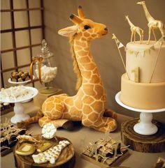 Tema muito fofo... para um ano do Davi... com biscoitos decorados bem grandes na composição da mesa... super linda... em produçã...