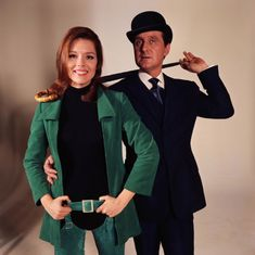 The Avengers / De Wrekers (1961 - 1969) with Patrick Macnee as John Steed and Diana Rigg as Emma Peel.