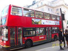 Los famosos autobuses de Londres también se han dejado seducir por Andalucía! WTM 2012