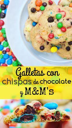 Deliciosas y adictivas galletas caseras empacadas con chispas de chocolate, M&M's minis y M&M's tamaño regular.