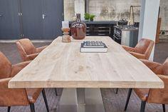 Warm hout, metaal en cognackleurig leer zijn dé ingrediënten voor een industriële look!
