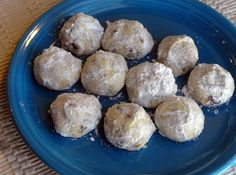 Dolly's Chocolate Snowballs chocolate chip meets snow balls.. sounds good to me!