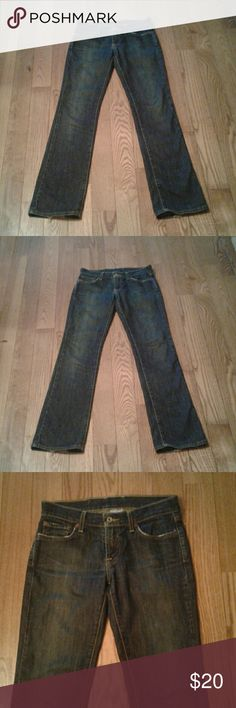 Lucky Brand Jeans Distress Straight Leg 26 Reg Lucky Brand distressed Dungarees by Gene Montesano. Sundown straight. Regular length about 29.5 inseam. Jeans are in excellent condition but I'll still consider ALL offers!  I'm accomodating, make a bundle for yourself, youll see!   I will mark these down to trigger discount shipping at closet clearout if you hit like on these jeans. Lucky Brand Jeans Straight Leg