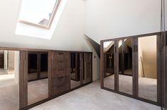 Amazing Walk In Closet in Surrey | Barbara Genda