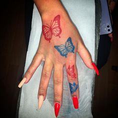 """@marshal.tattoos on Instagram: """"#butterflytattoo #butterflytattoos #tattooideas"""" Bff Tattoos, Dope Tattoos, Pretty Tattoos, Finger Tattoos, Body Art Tattoos, Dragon Tattoo On Finger, Small Side Tattoos, Small Girly Tattoos, Black Girls With Tattoos"""