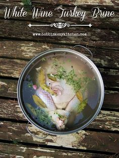 White Wine Turkey Brine - With white wine, spices, herbs, and citrus, this is seriously the BEST brine recipe for your holiday turkey. First Thanksgiving, Thanksgiving Recipes, Holiday Recipes, Holiday Meals, Christmas Recipes, Thanksgiving Stuffing, Holiday Themes, Christmas Cooking, Party Recipes