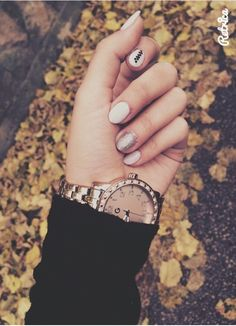Pink white black long nails autumn luxory style guess clock