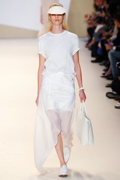 Akris Spring 2015 Ready-to-Wear - Collection - Gallery - Look 10 -    | Le Fevrier |