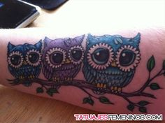 Best Owl Tattoos for Guys for the arm, thighs, wrist, chest or shoulders. Cute, small and colorful owl tattoos for girls for inspiration and ideas. Girly Tattoos, Weird Tattoos, Pretty Tattoos, Love Tattoos, Beautiful Tattoos, New Tattoos, Body Art Tattoos, Tattoos For Guys, Baby Owl Tattoos