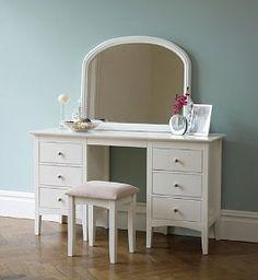 Simple Dressing Table / Vanity