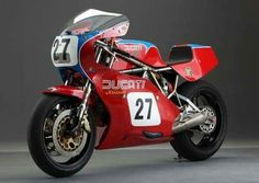 'Looking for the Ducati 750 of your dreams? There are currently 1 Ducati 750 bikes as well as hundreds of other classic motorcycles, cafe racers and racing bikes for sale on Classic Driver. Ducati 750, Moto Ducati, Ducati Cafe Racer, Ducati Motorcycles, Cafe Racer Motorcycle, Vintage Motorcycles, Cafe Racers, Vintage Cafe Racer, Vintage Racing