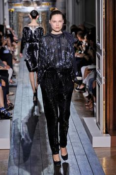 Défilé Valentino Automne-hiver 2012-2013 Haute couture -...