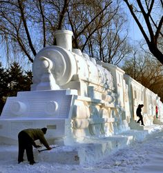 Snow Train  Photo by frankartculinary/flickr No, it's not the Hogwarts Express, but it is a very cool locomotive! Displayed at Harbin in 2009, this sculpture featured carved-out sections on each side. Visitors could climb inside the wagons and have their picture taken while waving out the window.