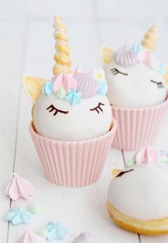 Dainty donuts. Kids party unicorn birthday treats. Cute iced donuts