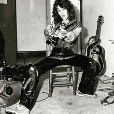 Eddie Van Halen with his Bumblebee, backstage circa 1979!