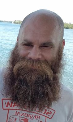 Bald Men With Beards, Bald With Beard, Bald Man, Long Beards, Hairy Men, Bearded Men, Beard No Mustache, Epic Beard, Beard Styles