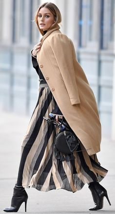 Street Style ~ Olivia Palermo.
