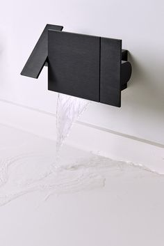 Wall mounted tap with horizontal flow for washbasin ASEN0912HSN