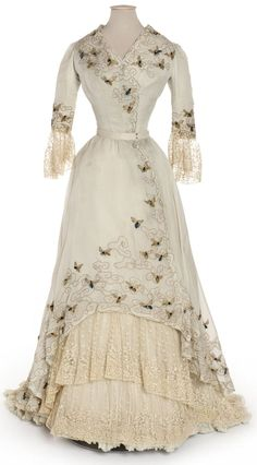 1900-05 Edwardian Bumble Bee Dress