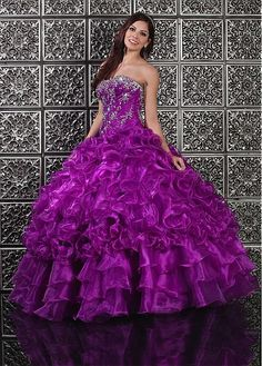 Charming Organza & Taffeta Strapless Neckline Floor-length Ball Gown Quinceanera Dress
