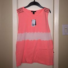 Forever 21 tank top!! Tank top is sooo adorable brand new with tags!! Forever 21 Tops Tank Tops