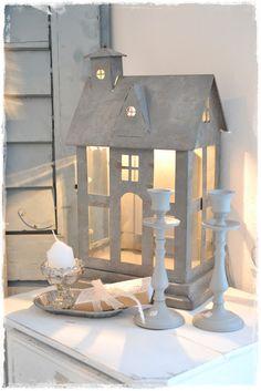Haus aus Sperrholz bauen und beleuchten.......