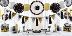 Graduation Party Themes And Some Examples That You Can Try Out : Easy Graduation Party Ideas. graduation party themes for party themes for high school,graduation party themes ideas Graduation Table Decorations, Graduation Party Supplies, Graduation Ideas, Party City Graduation, Graduation Centerpiece, College Graduation, Grad Parties, Wedding Decorations, Black And Gold Party Decorations