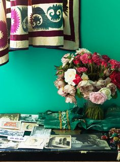 This is about the color I want for Sebs room :)