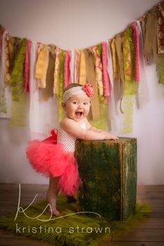 Baby girl photo shoot ideas christmas 50 Ideas for 2019 Baby Girl Pictures, Newborn Pictures, Baby Photos, Summer Pictures, Baby Girl Photography, Children Photography, Baby Christmas Photos, Christmas Ideas, Baby Monat Für Monat