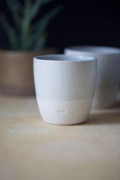 Keramik-Keramik-Tassen X 4 oder Becher für Tee von LehmAndCeleste