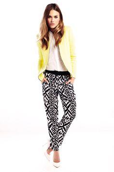 Vogue España Shopping dress for less: pantalones estampados: River Island