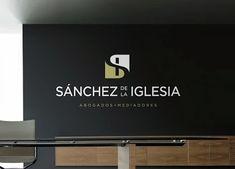 Sánchez de la Iglesia: un despacho de abogados madrileño // a law firm in Madrid.