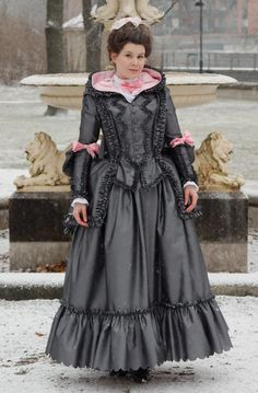 "Historical Accuracy Reincarnated - 18th Century ""Brunswick"" Dress Source"