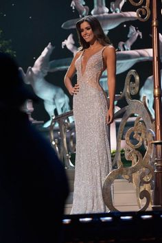 Miss Colombia Paulina Vega is crowned Miss Universe 2015 onstage during The Annual Miss Universe Pageant at Florida International University on January 2015 Dance Dresses, Prom Dresses, Formal Dresses, Wedding Dresses, Long Dresses, 2015 Dresses, Quinceanera Dresses, Miss Universe Dresses, Miss Universe 2014