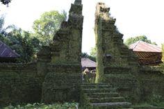 Cap 14: los siete templos son sagrados y cada templo tiene un proposito distinto... por ejemplo, uno templo es de la Justicia