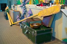 Rowing ores, old lugage, and safe trinkets complete the details of the Shipwrecked VBS main stage. Explore more decoration ideas at Concordia Supply!