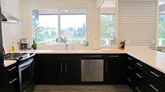 Discovery Street: Kitchen Remodel Update - love the drawers and no upper cabinets!