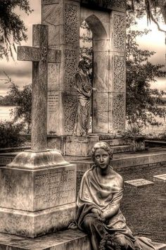 Haunted Bonaventure Cemetery, Savannah