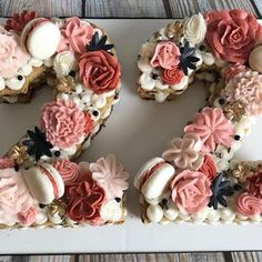 #22 #22birthday #cookiecake #numbercake #buttercreamflowers 22nd Birthday Cakes, Number Birthday Cakes, Number Cakes, Birthday Brunch, Birthday Numbers, Birthday Cupcakes, Torte Rose, Alphabet Cake, Cake Lettering