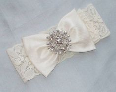 lace + bow + bling = perfect garter!