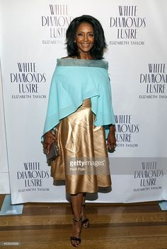 actress-margaret-avery-arrives-at-the-alfre-woodards-oscars-sistahs-picture-id463828638 (683×1024)