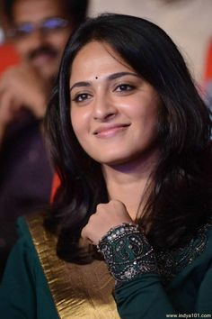 Anushka Shetty At Singam 2 Music Launch Photo - (700x1050