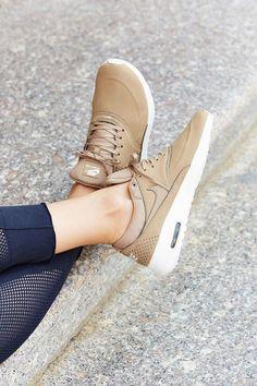 Nike Air Max Thea - Khaki