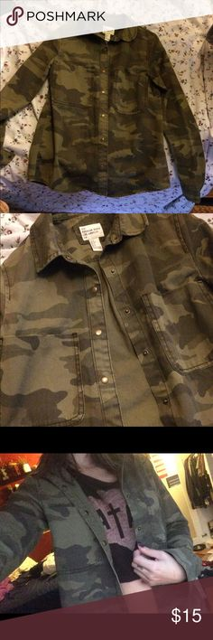 Camo Jacket awesome light weight camo jacket/shirt. forever 21 Los Angeles. super trendy! Forever 21 Jackets & Coats