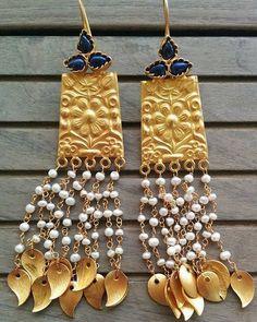 Gold Jewelry From Egypt Refferal: 7434861575 Jewelry Design Earrings, Gold Earrings Designs, Gold Jewelry, Jewelry Necklaces, Quartz Jewelry, India Jewelry, Jewellery Designs, Jewelry Holder, Bohemian Jewelry